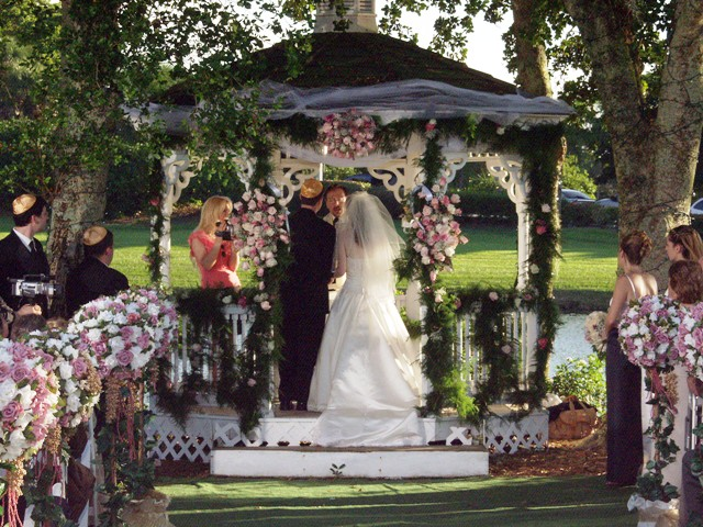 Fredda S Place Officiant
